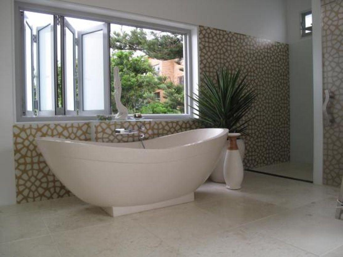 Choosing a Freestanding Bath: Types and Materials - hipages.com.au