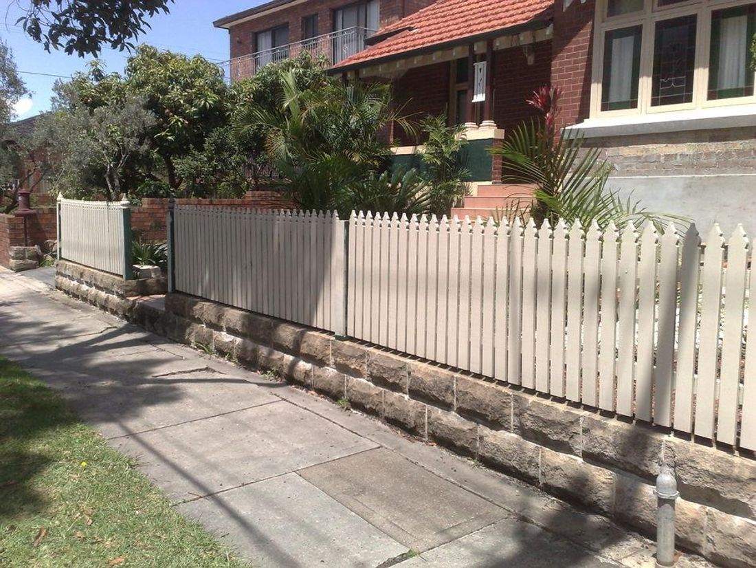 5 Garden Fencing Ideas For Australian Homes Hipages Com Au