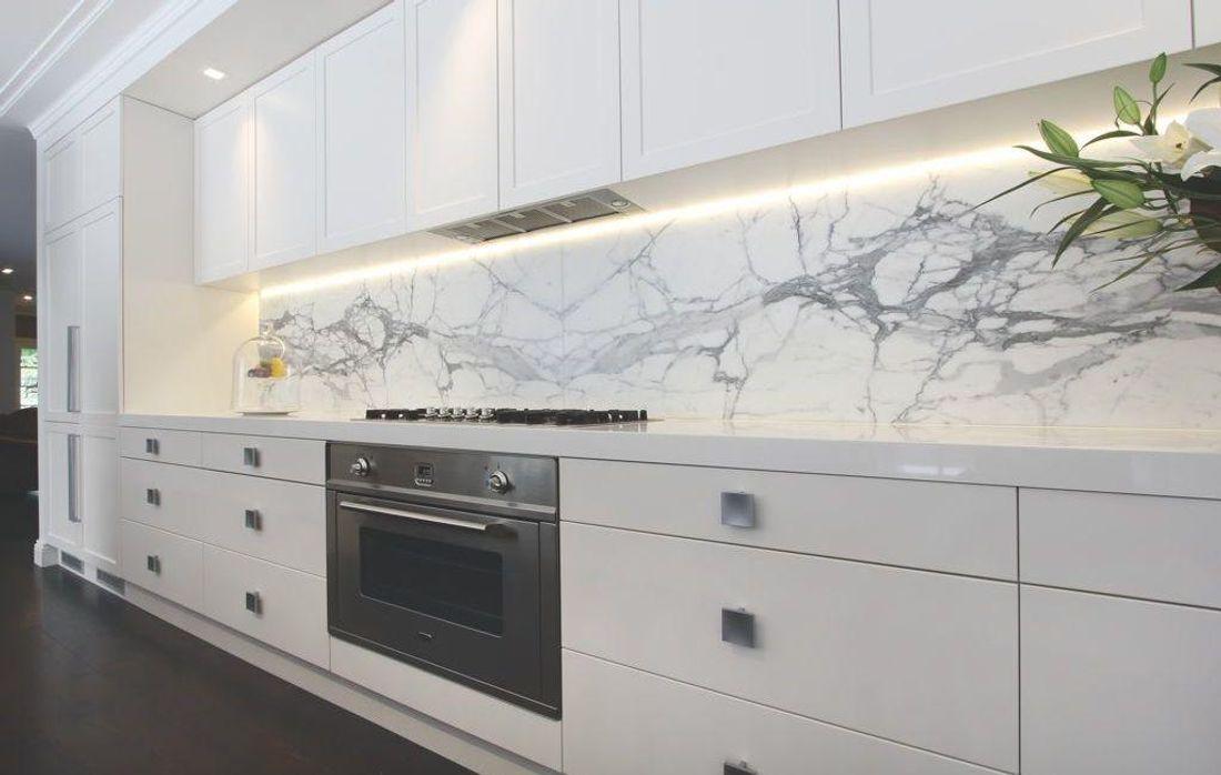 White Kitchen Stainless Tile Splashback