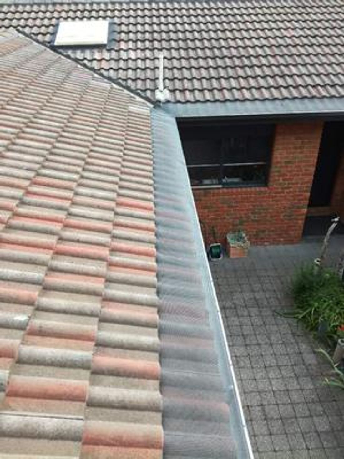 How To Install Gutter Guards on a Tiled Roof - hipages com au