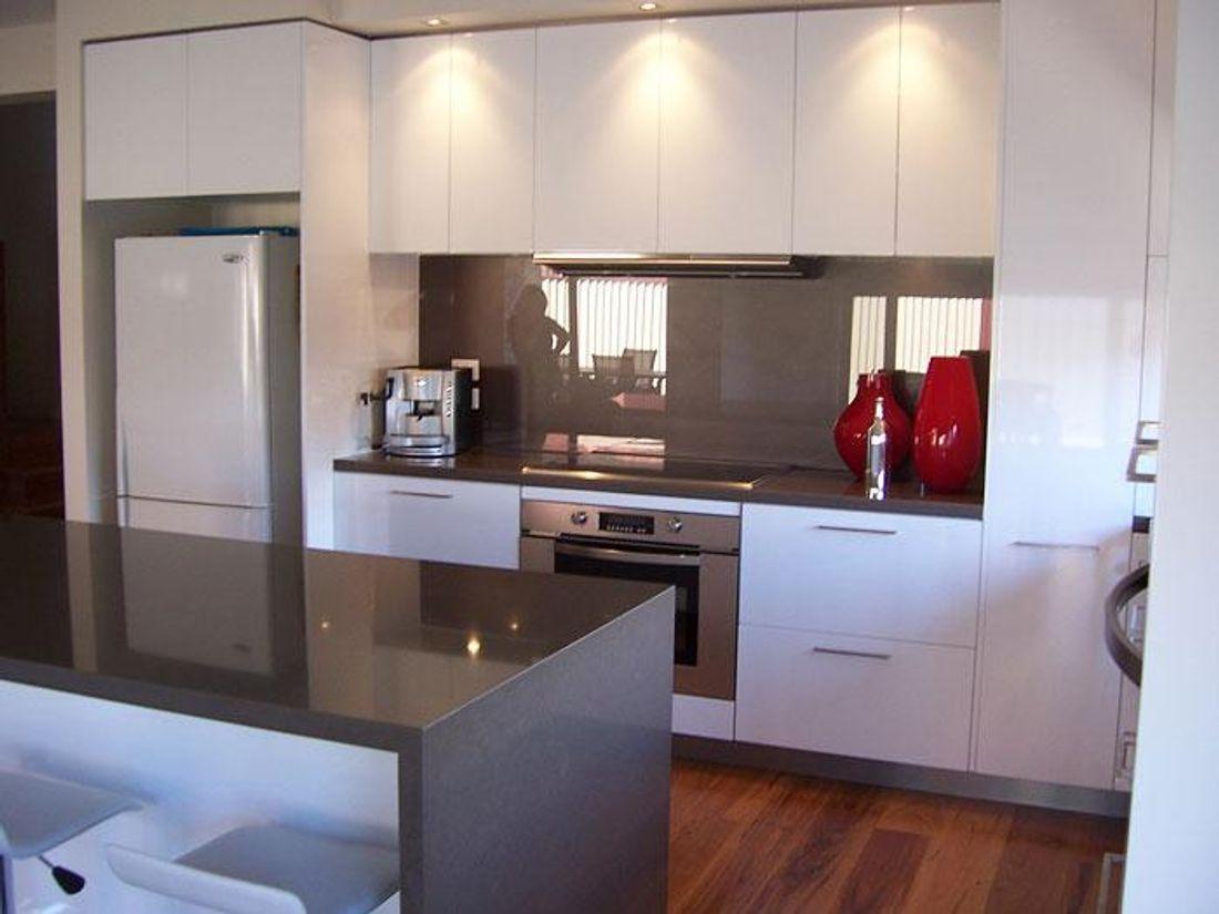 6 considerations for kitchen cabinetry height size for Normal kitchen design