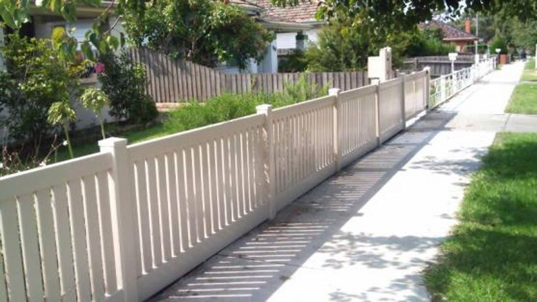 Fencing Vs Retaining Walls For Your Front Yard Hipages