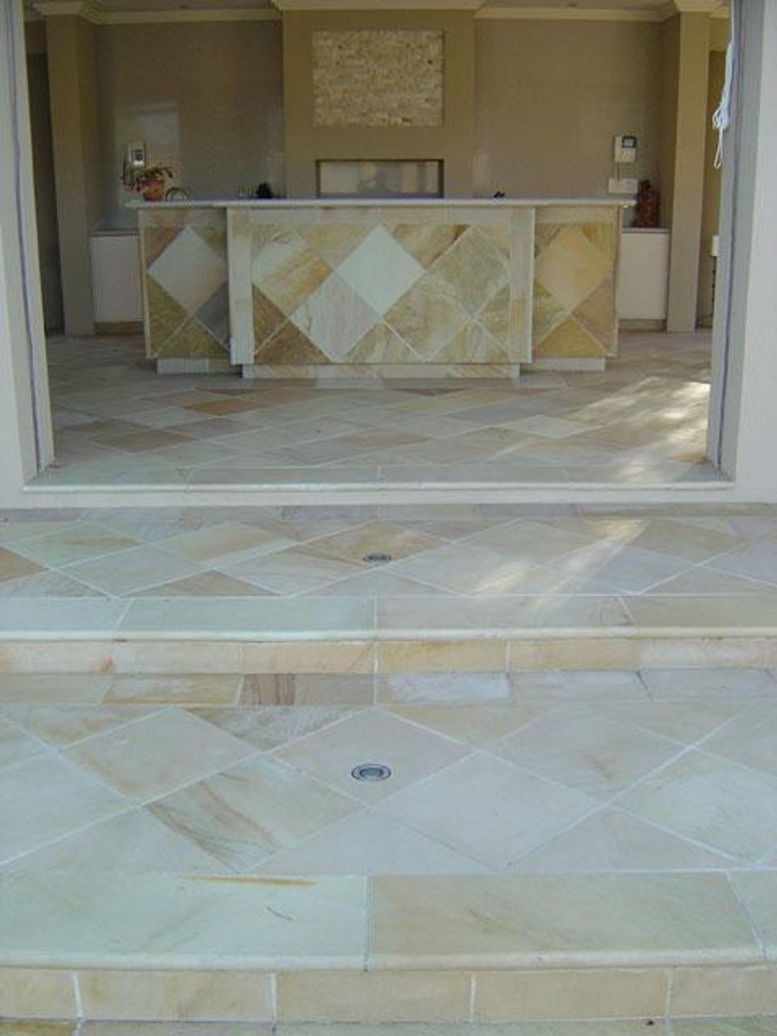 Why use indoor pavers as a flooring option hipages indoor bricks for example are thinner than outdoor bricks but can be laid in a variety of patterns or mixed with other flooring dailygadgetfo Images