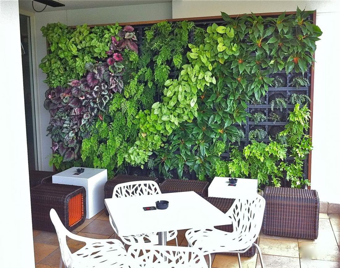 Ordinaire While You May Not Have Enough Floor Or Balcony Space For Pot Plants, You  Can Create A Vertical Garden And Have A Lush Garden Indoors And Out.