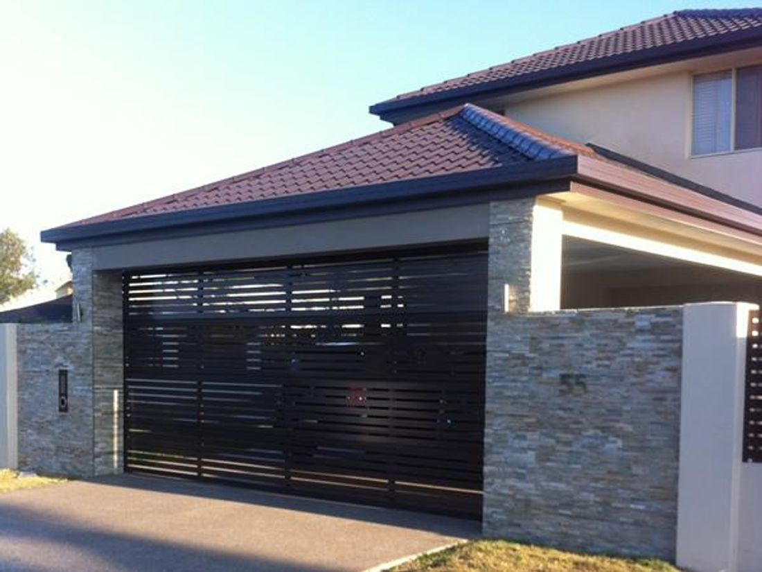 2018 How Much Is A Garage Door What Are Your Options Cost