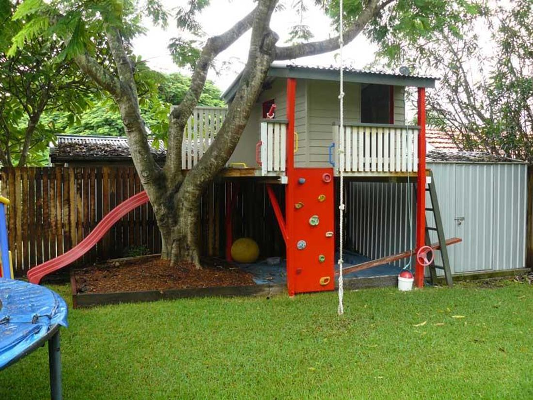 how to build an elevated cubby house