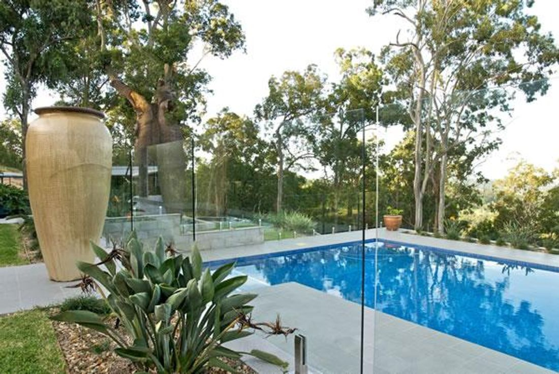 how to clean your glass pool fence hipages com au