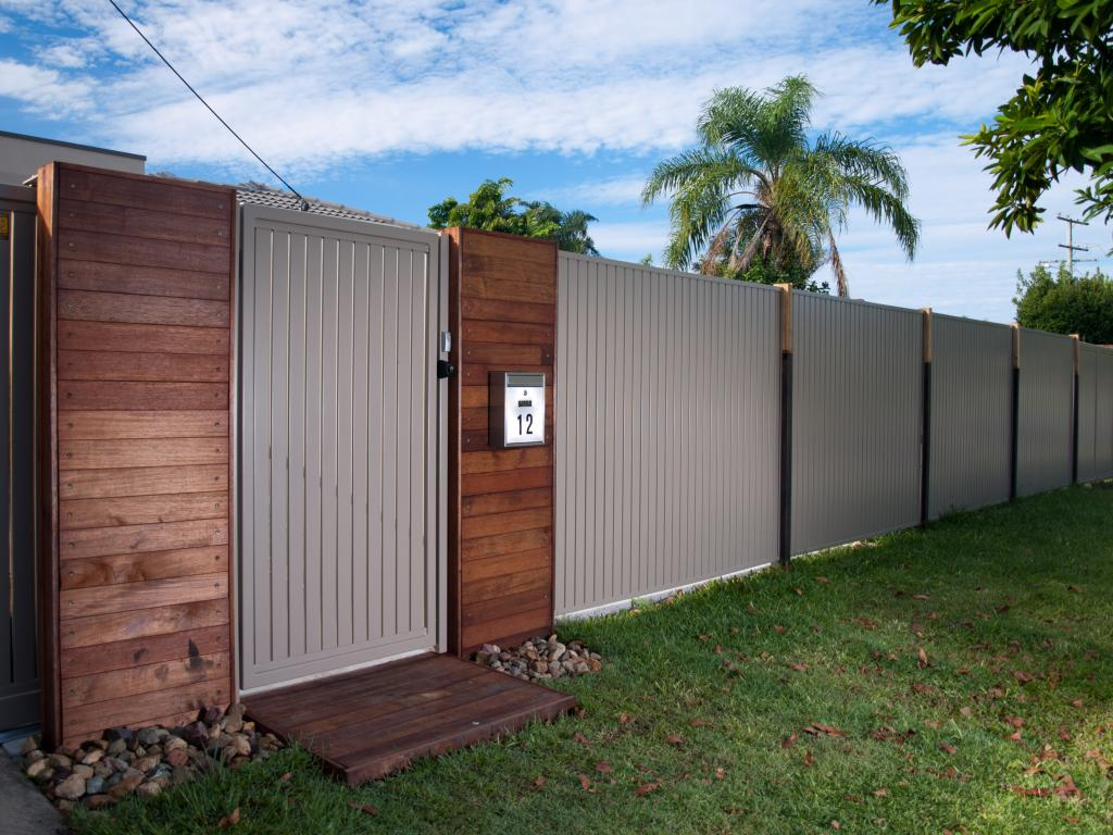 how much does fencing cost per metre hipages com au