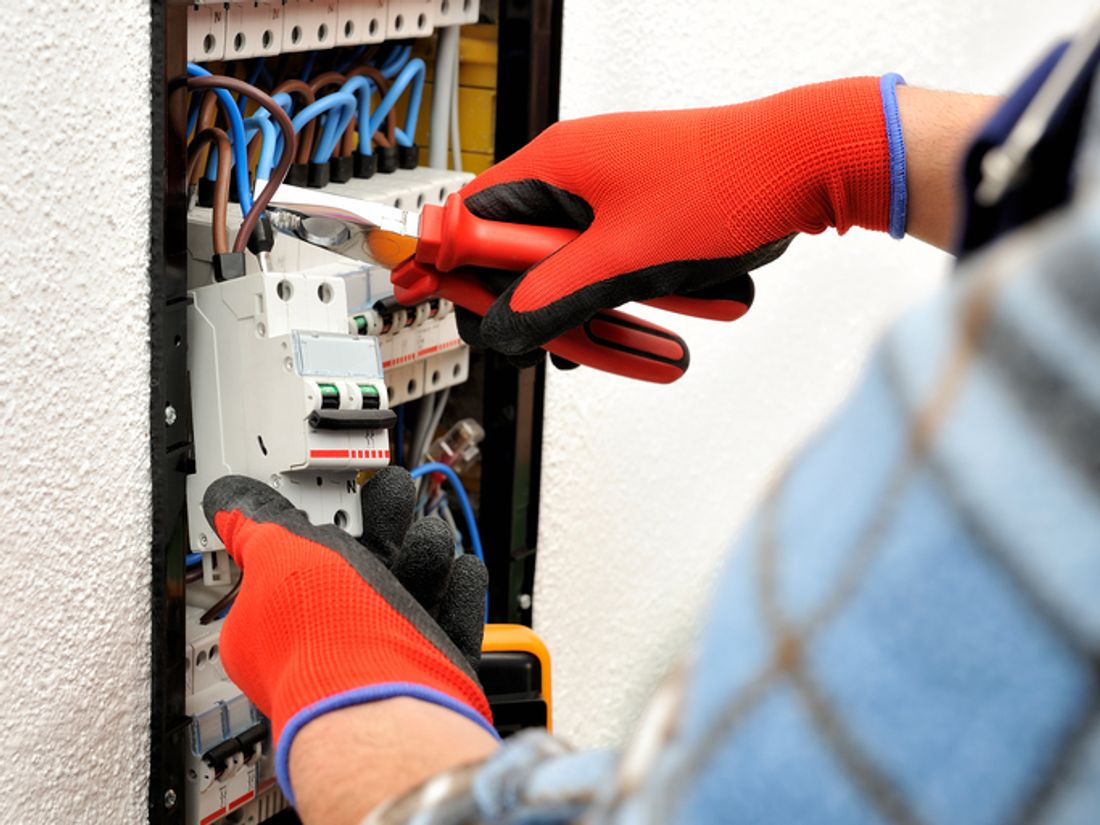 2018 How Much Does It Cost To Replace A Switchboard Hipagescomau Average Of Rewiring 3 Bed House