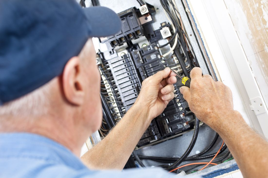 2018 How Much Does It Cost To Install A Powerpoint Average Of Rewiring 6 Bedroom House