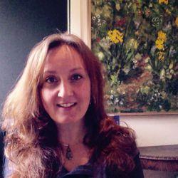 Laura Hvala - Naturopath & Psychotherapist