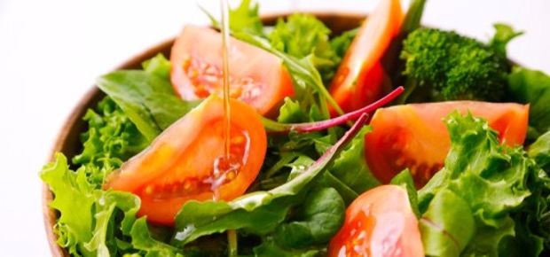 4 Easy But Healthy Salad Dressing Recipes